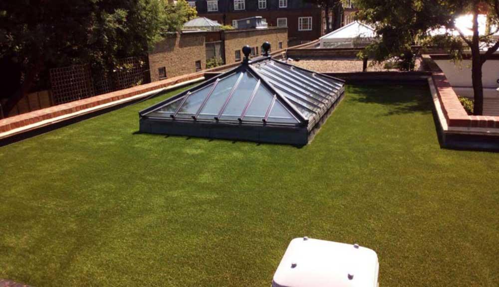 نصب چمن مصنوعی پشت بام
