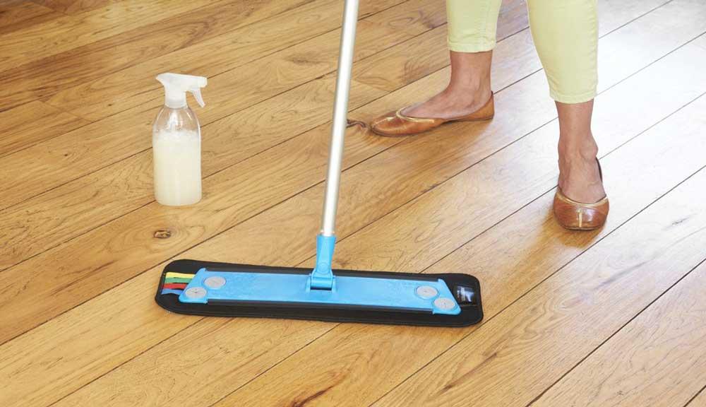 روش تمیز کردن کفپوش های پی وی سی